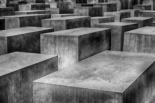 Immagine gratuita di architettura, bianco e nero, blocchi di cemento, calcestruzzo