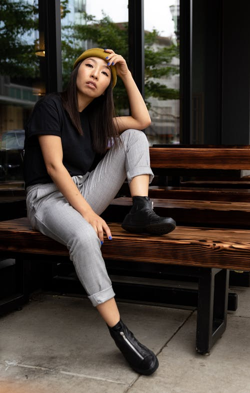 亞洲女人, 休閒, 原本, 坐 的 免費圖庫相片