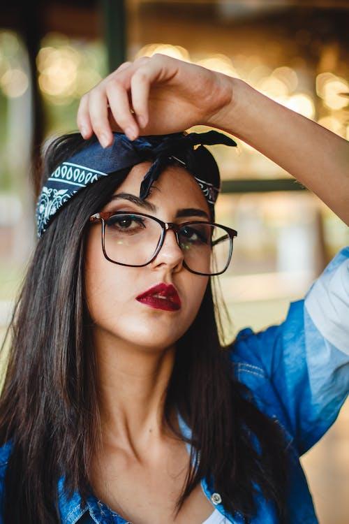Fotos de stock gratuitas de actitud, atractivo, bandana, belleza