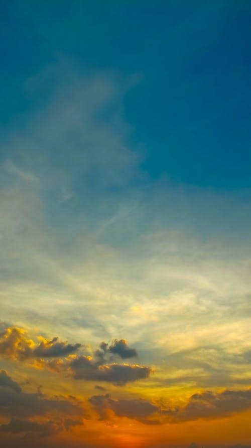 Immagine gratuita di arancia, azzurro, bianco, cielo