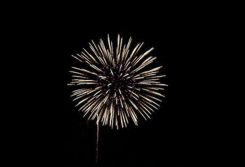 Gratis lagerfoto af eksplosion, fejre, fødselsdag, fyrværkeri