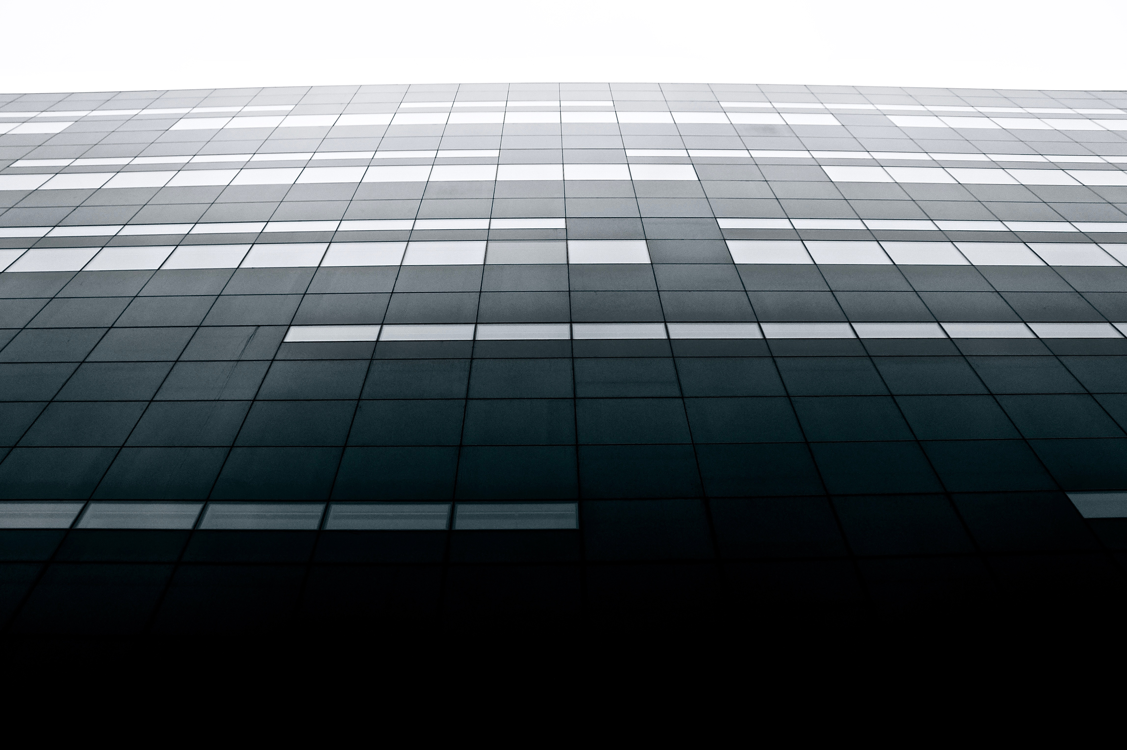 Free stock photo of black-and-white, building, architecture, symmetrical