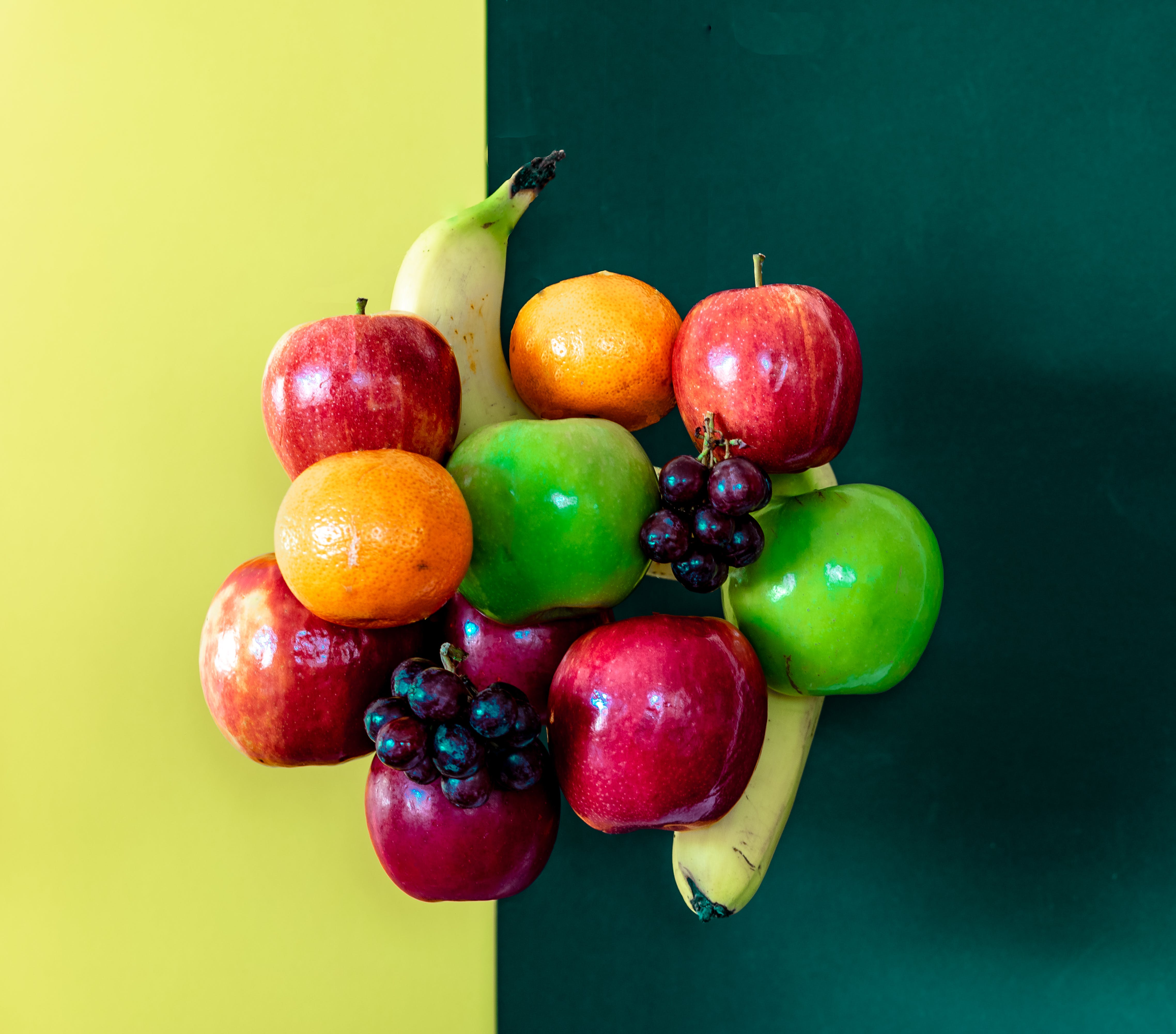 Free stock photo of apples, bananas, bright colours, bunch of fruit