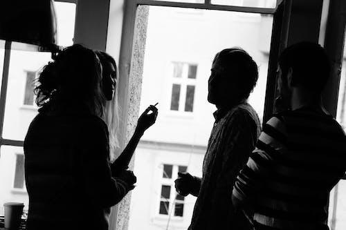 ベルリン, 休憩, 友達, 白黒の無料の写真素材