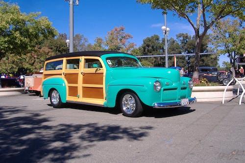 Kostenloses Stock Foto zu autoshow, frisiertes auto, oldtimer