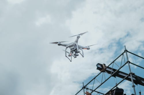 Darmowe zdjęcie z galerii z aparat, chmury, dron, dzień