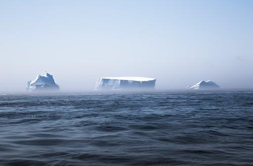氷山の無料の写真素材