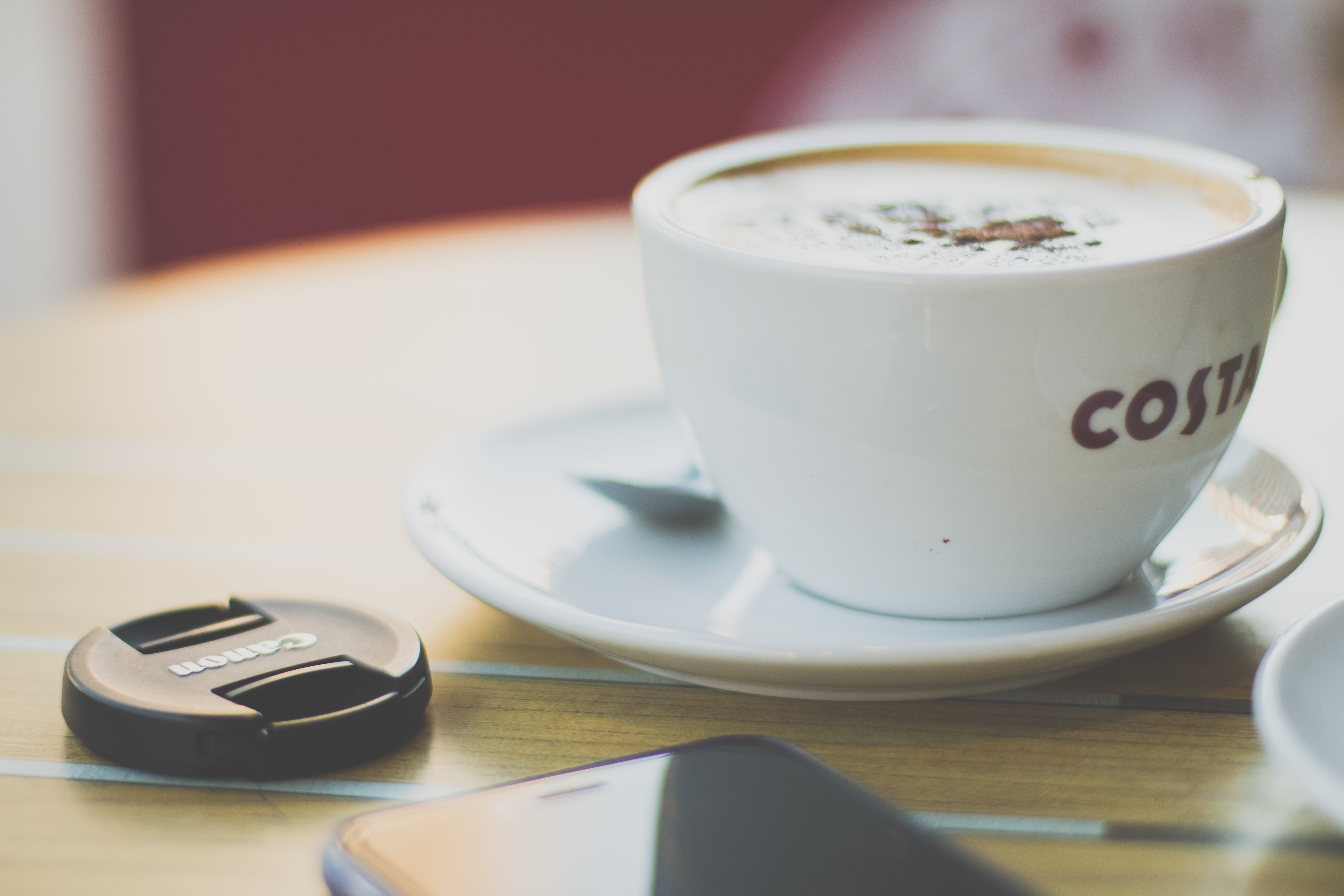 bir fincan kahve, cappuccino, çekici, espresso içeren Ücretsiz stok fotoğraf