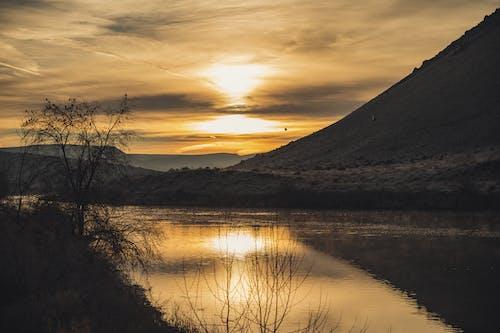 Δωρεάν στοκ φωτογραφιών με αυγή, βουνό, γαλήνιος, γραφικός