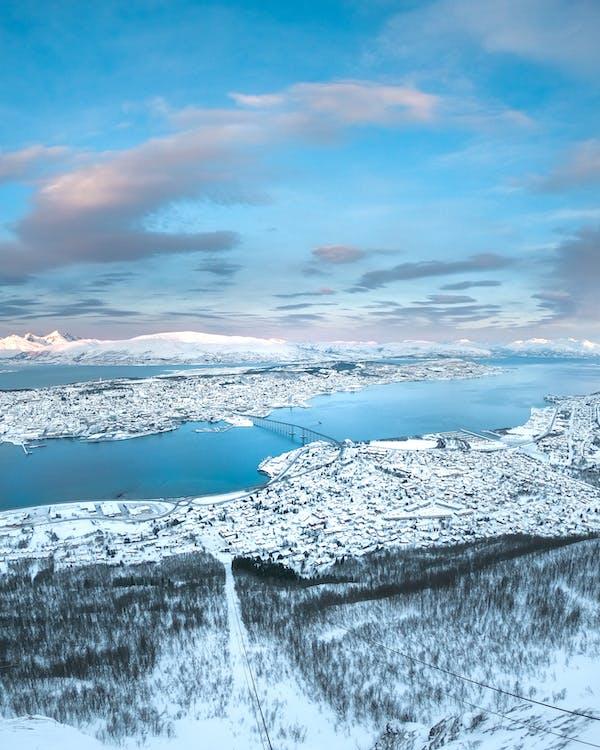 letecký snímek, město, ptačí perspektiva
