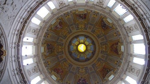 內部, 大教堂, 天花板, 室內 的 免費圖庫相片