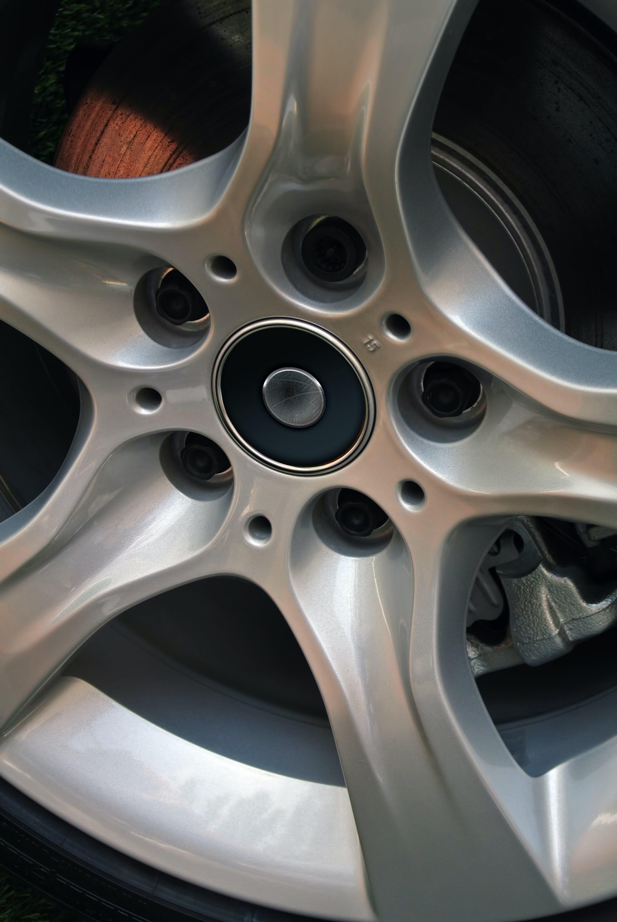 Free stock photo of 15, 15 inch wheel, alquiler de autos, automobile