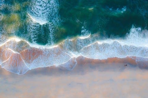 Photos gratuites de bord de mer, d'en haut, mer, océan