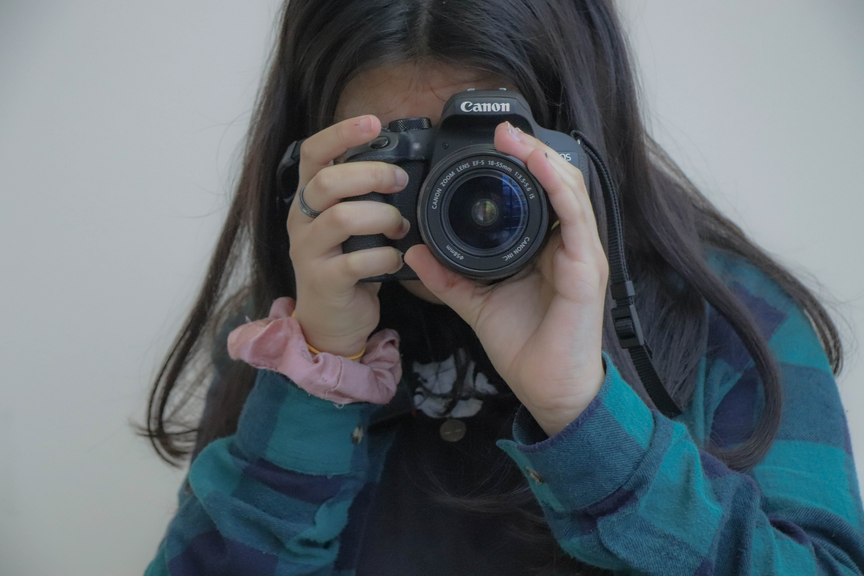 Immagine gratuita di dslr, fotocamera, fotografia, fotografo