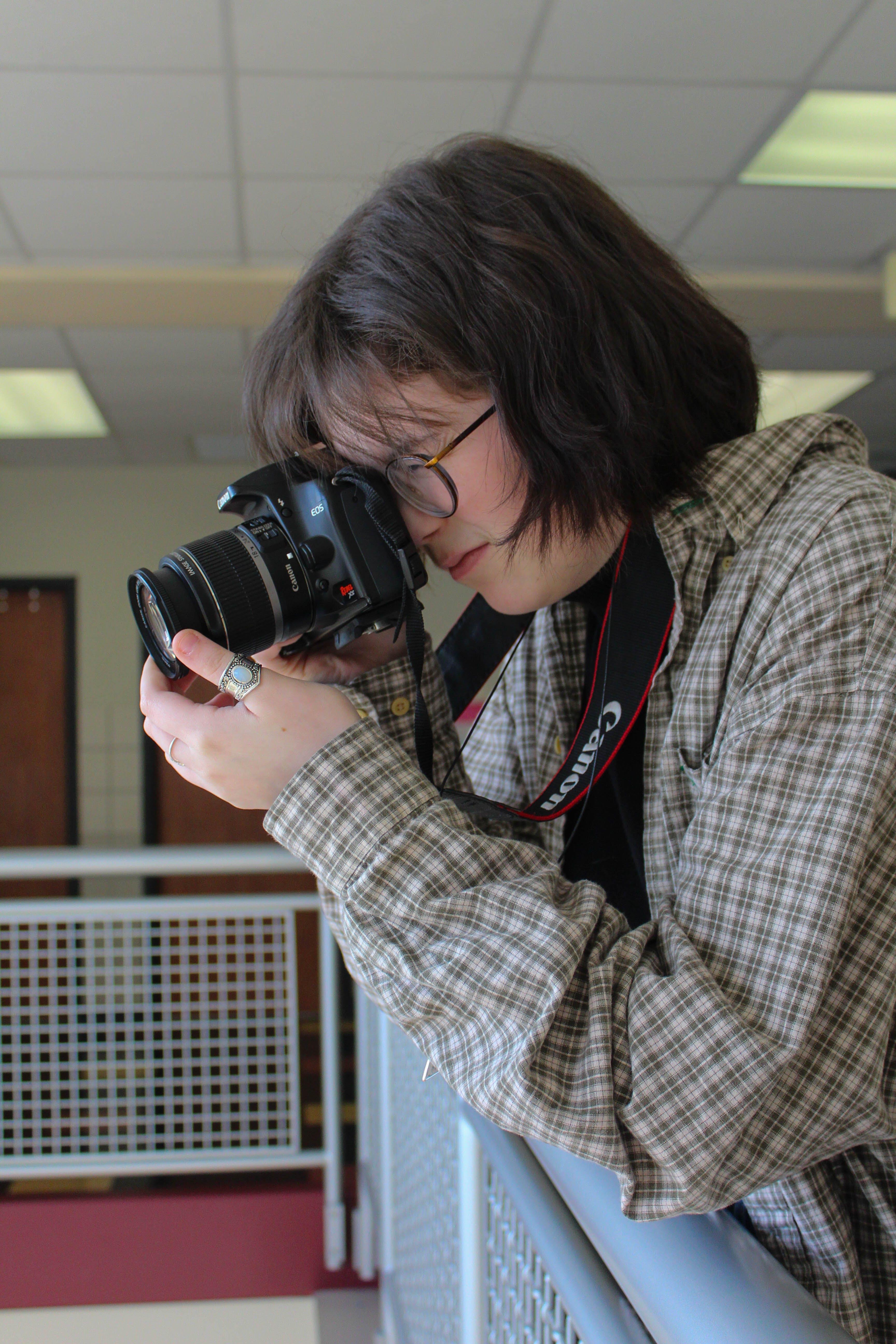 Foto profissional grátis de câmera, dslr, fotografia, fotógrafo