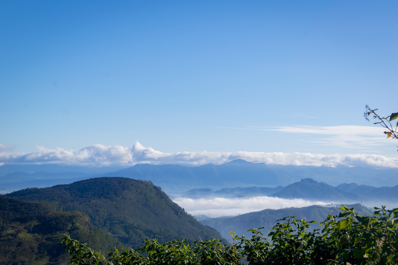 Photos gratuites de blue mountains, brumeux, ciel bleu