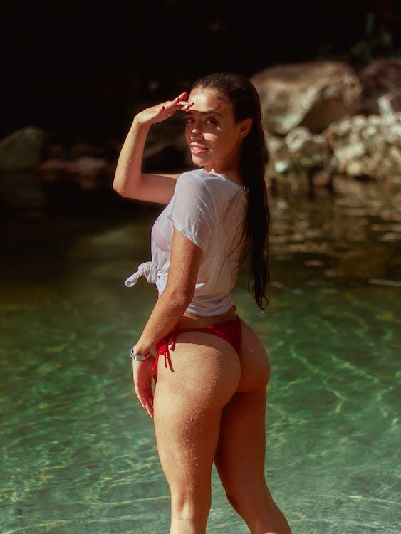 ázsiai nő, bikini, divat