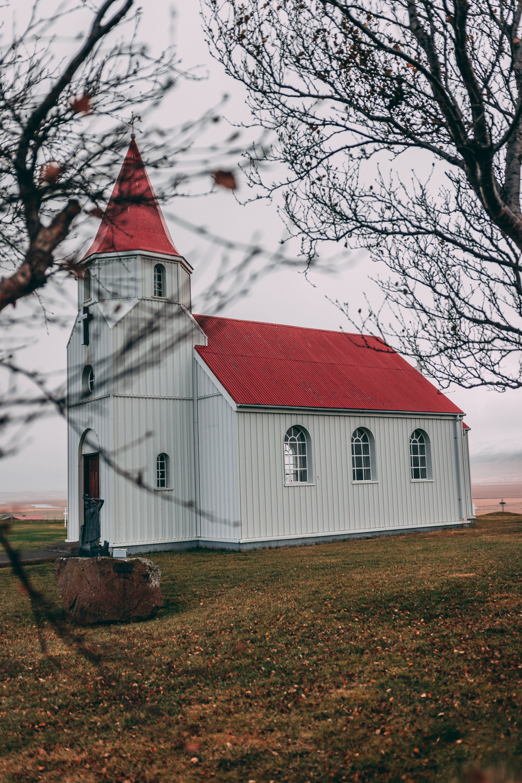 Kostenloses Stock Foto zu architektur, bauernhof, feld, kirche