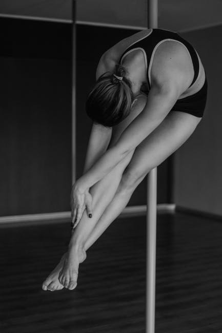 7 Unexpected Health Benefits of Pole Dancing -black-and-white, dance, female