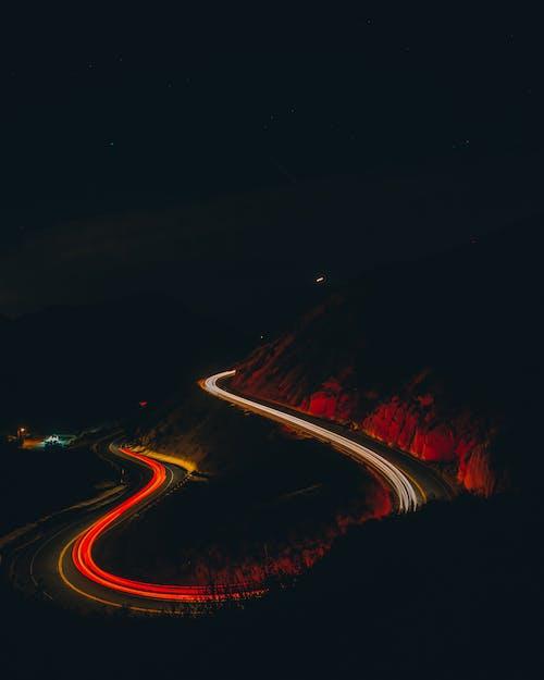 Бесплатное стоковое фото с длинная экспозиция, дорога, дорога ночью, замедленная фотосъемка