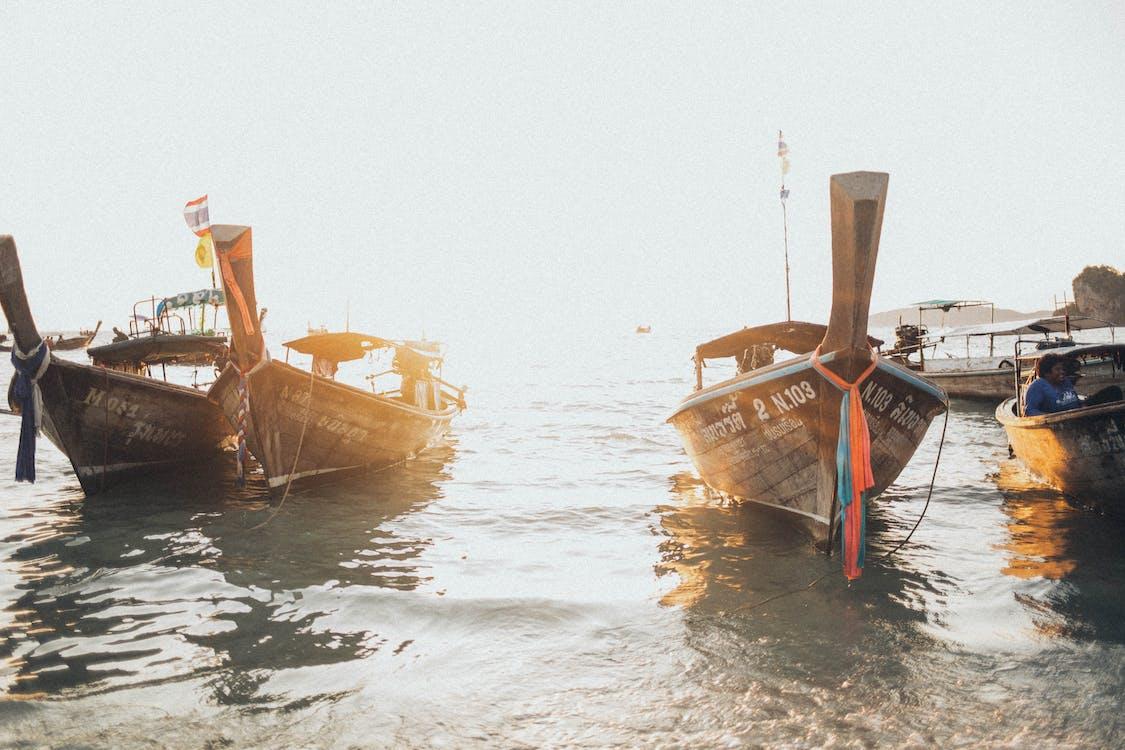 берег моря, вода, Водний транспорт