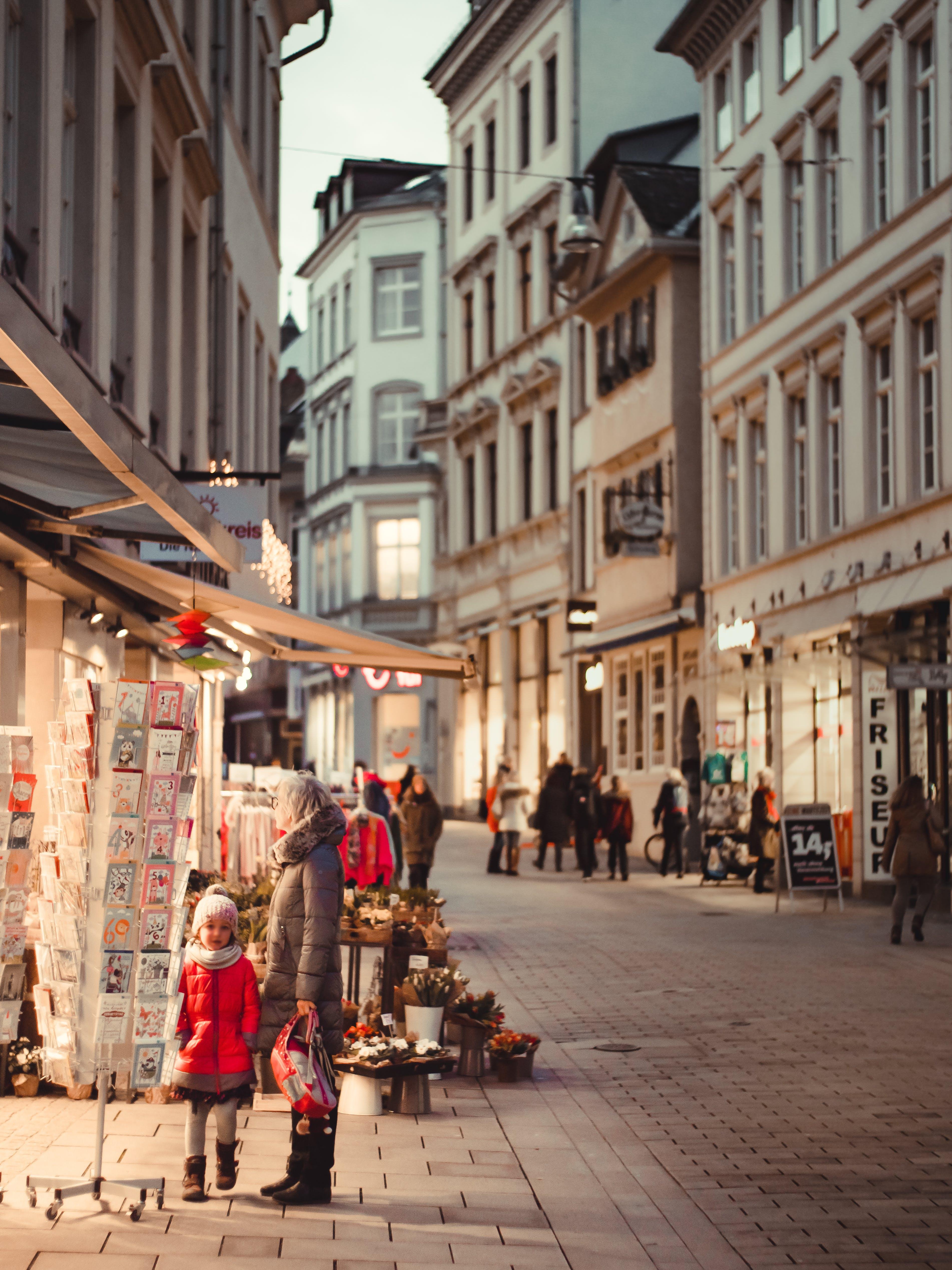 Foto d'estoc gratuïta de arquitectura, àvia, barri antic, botigues