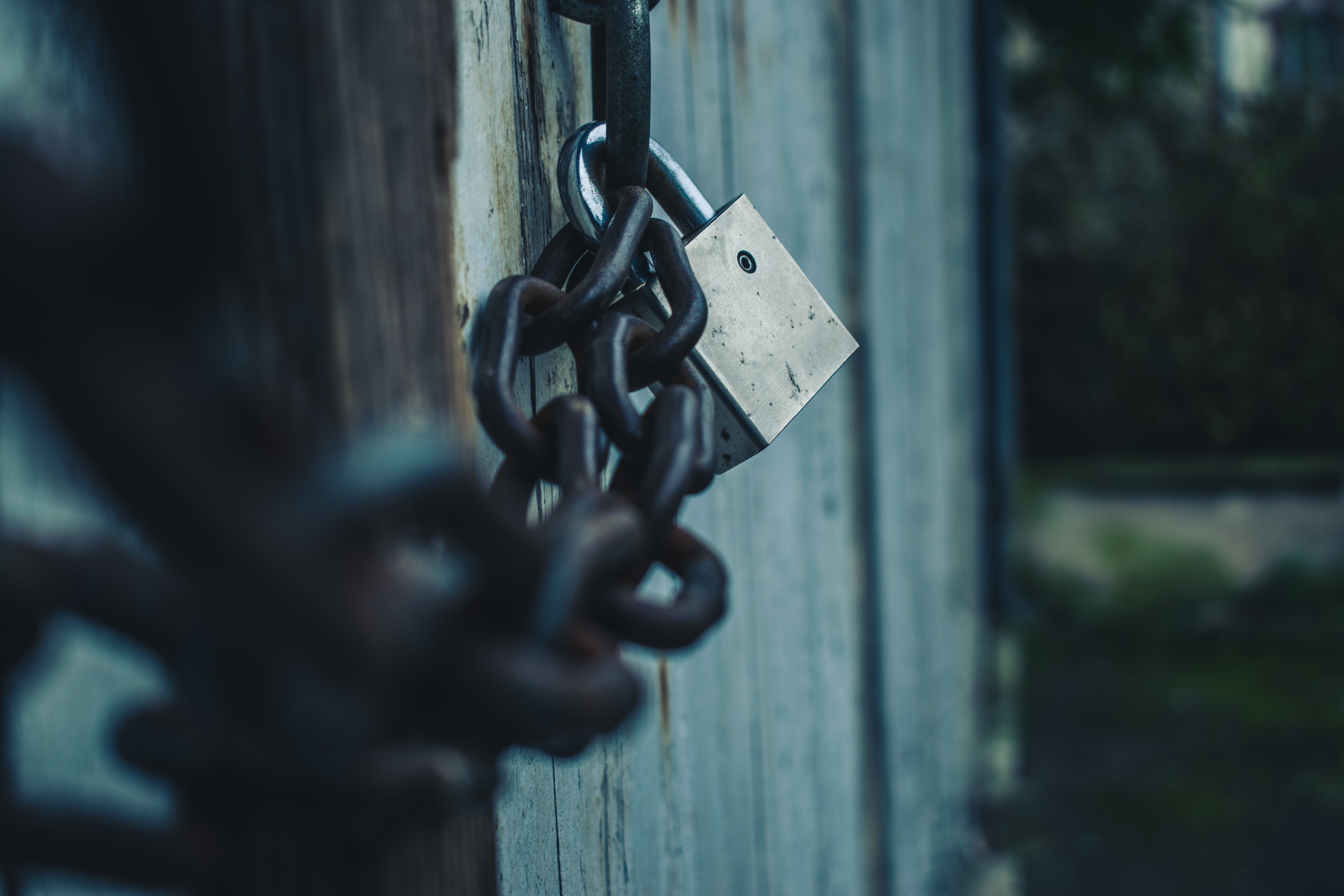 Free stock photo of chains, doors, locks, shed