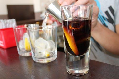 Free stock photo of alcohol, bar, barman, coctail