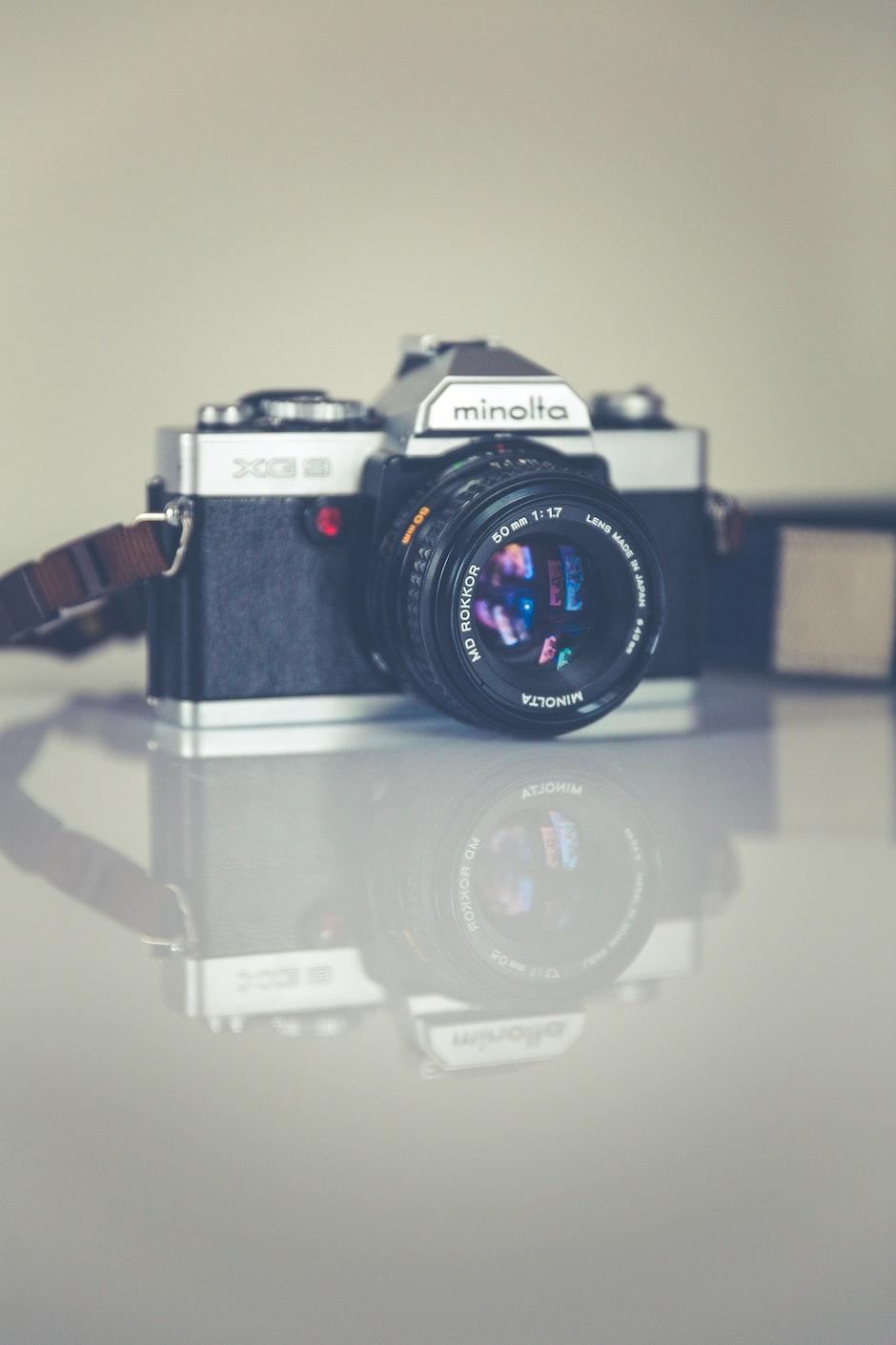Silver Minolta Dslr Camera