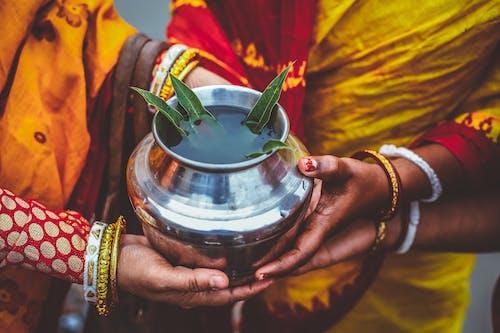 Základová fotografie zdarma na téma barvy, chrám, denní světlo, dospělý