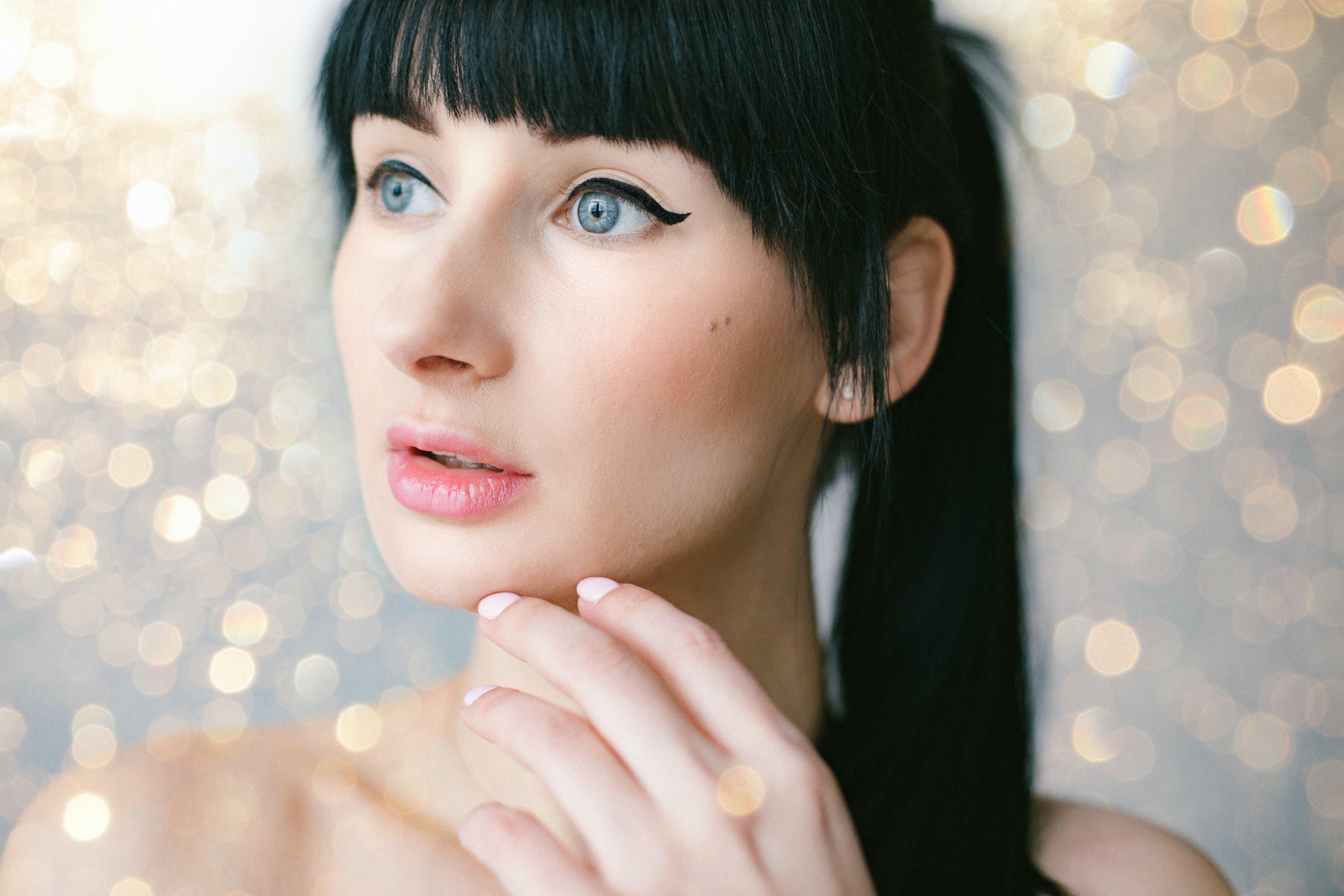 Бесплатное стоковое фото с волос, голубые глаза, женщина, красивая