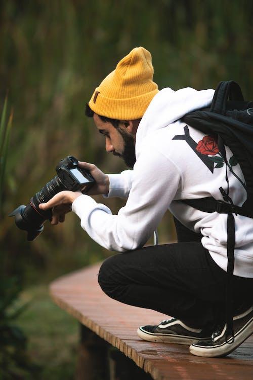 คลังภาพถ่ายฟรี ของ กระเป๋าเป้, กลางวัน, กล้อง, การกระทำ