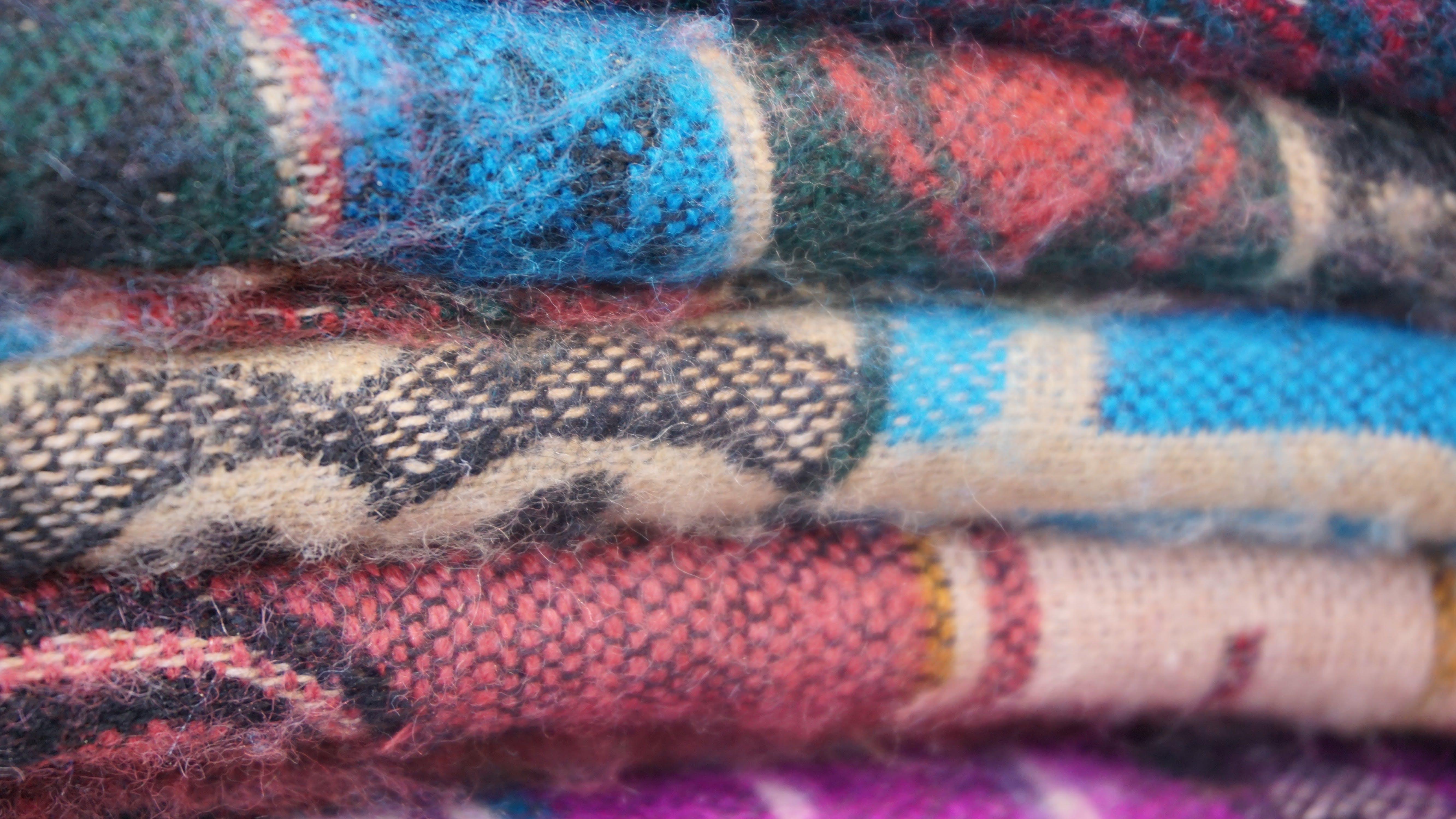 clotheline, clothes, clothes chest