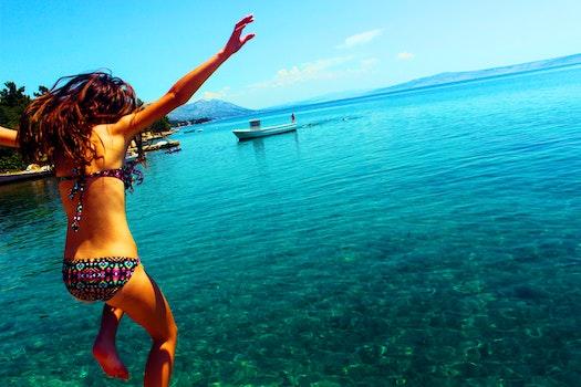 Kostenloses Stock Foto zu meer, person, strand, ferien