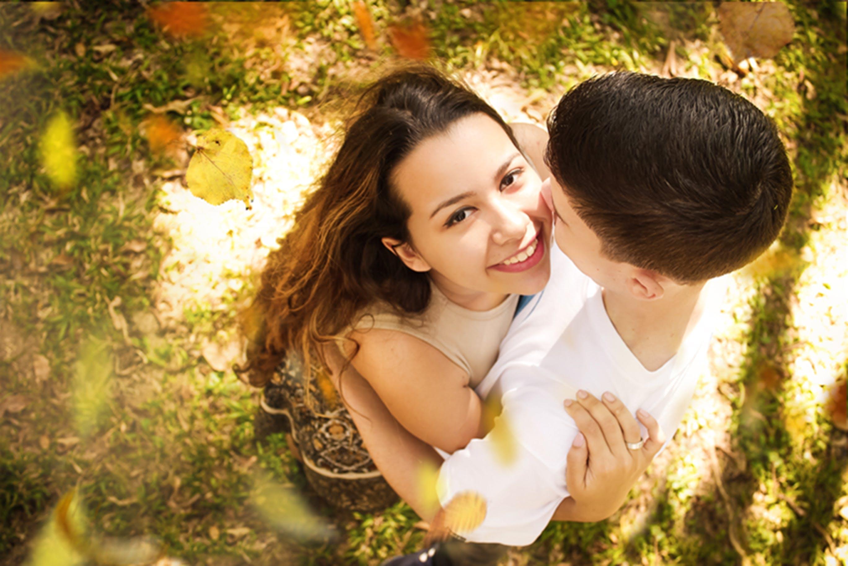 Free stock photo of autumn leaf, colors of autumn, couple, daytime