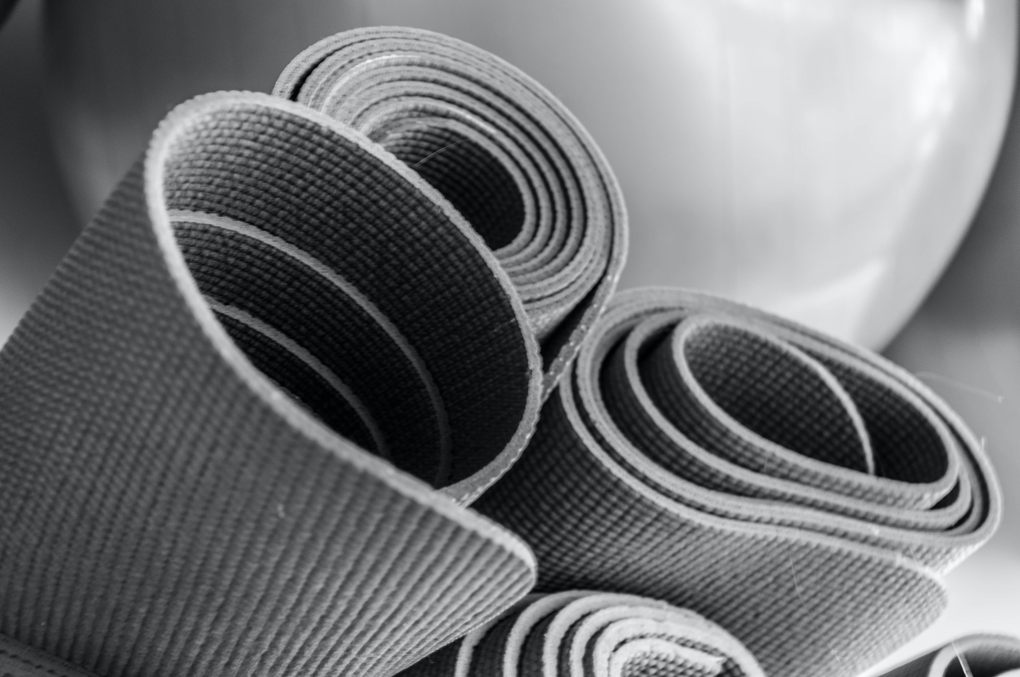 Free stock photo of exercise equipment, gym, rubber mats, yoga