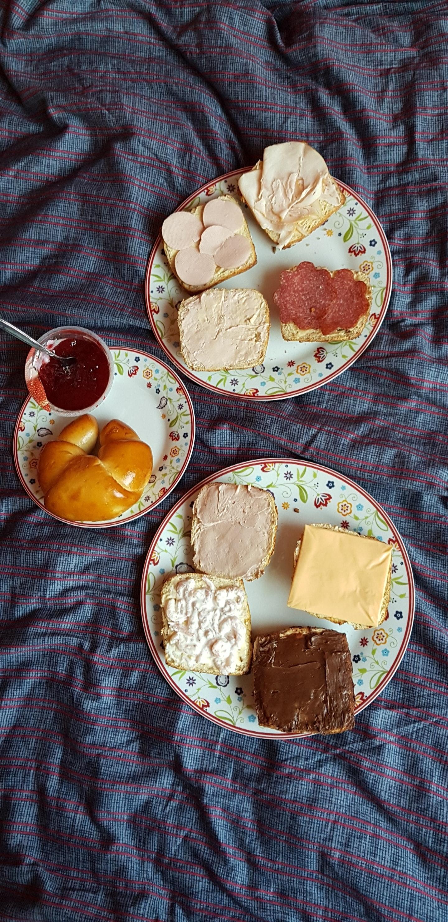 Free stock photo of bed, bread, breakfast