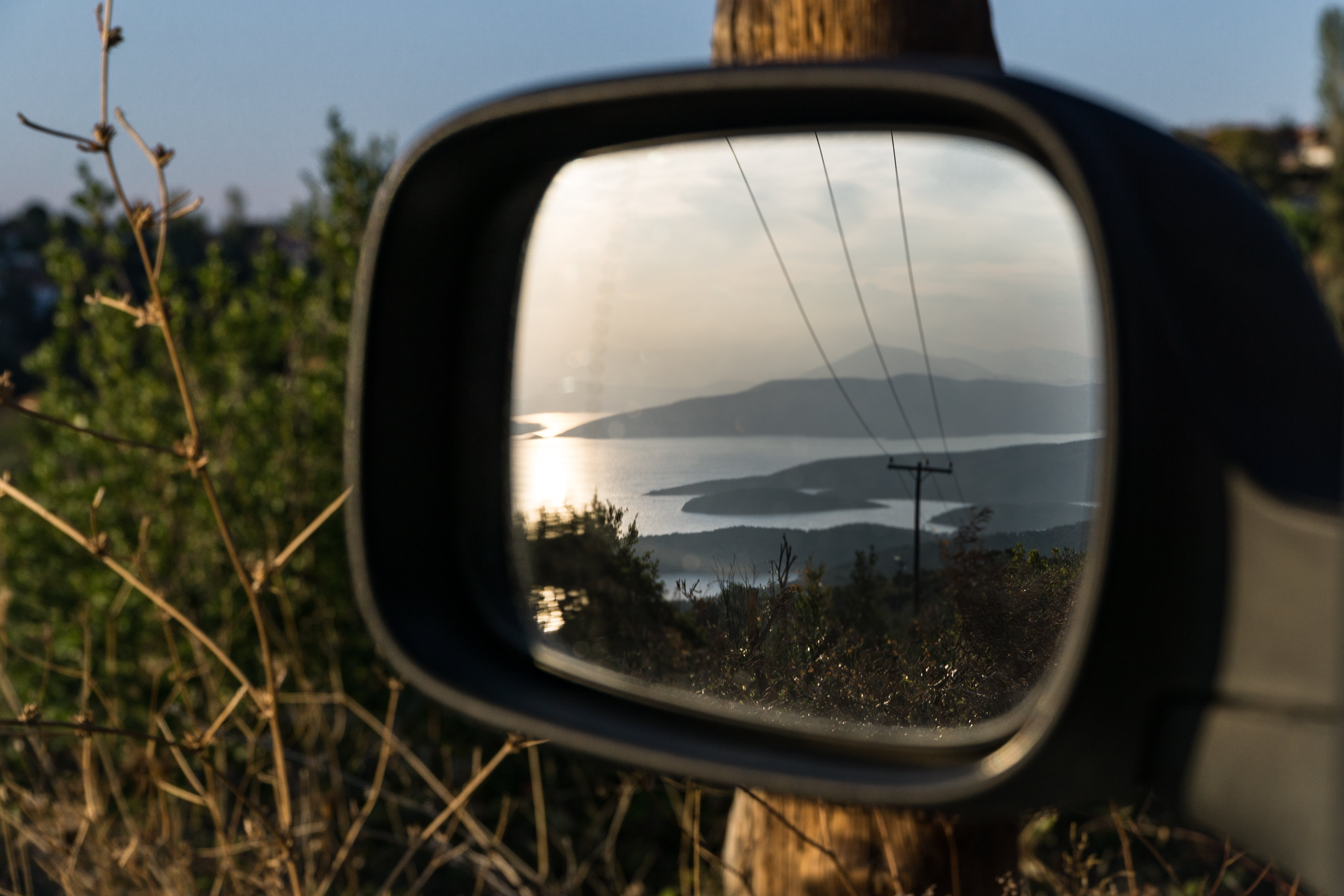 Shallow Focus Photography of Car Wing Mirror
