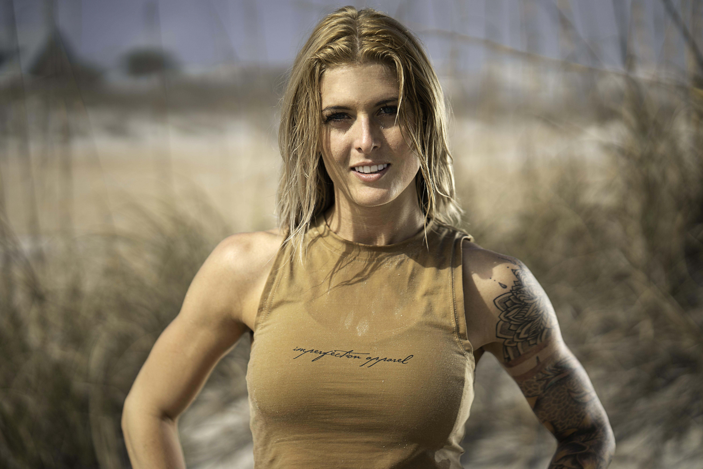 Woman Wearing Beige Sleeveless Shirt