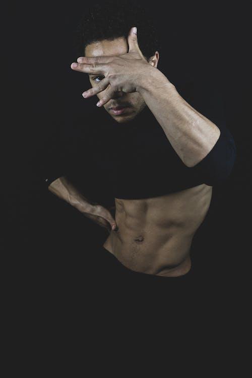 Foto profissional grátis de abdome, abs, atraente, corpo