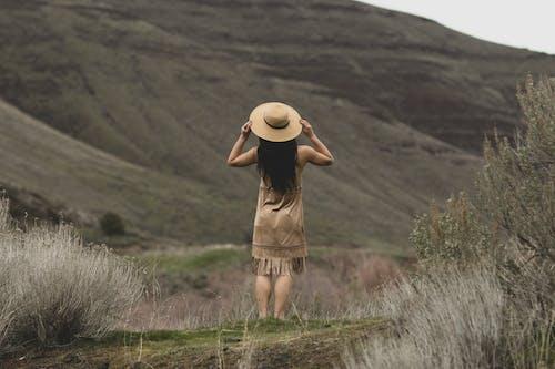 Foto stok gratis alam, gaun, hiburan, kaum wanita