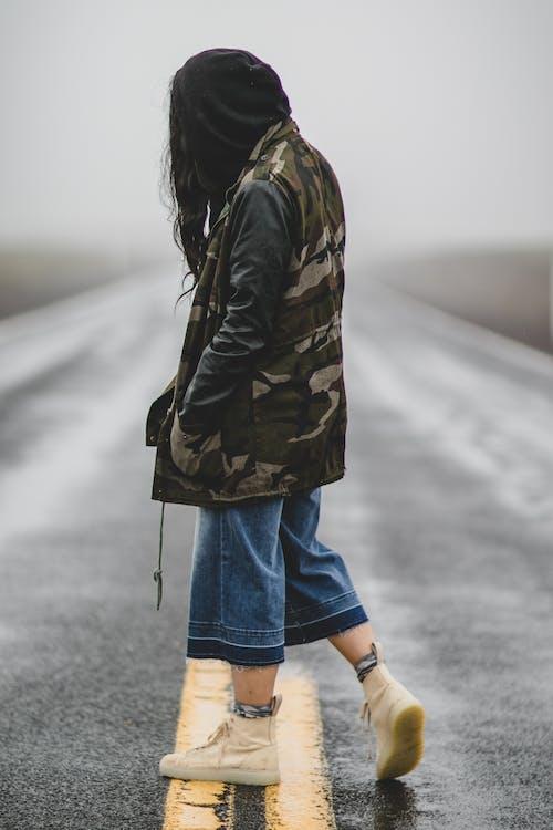 Photos gratuites de à la mode, asphalte, autoroute, camouflage