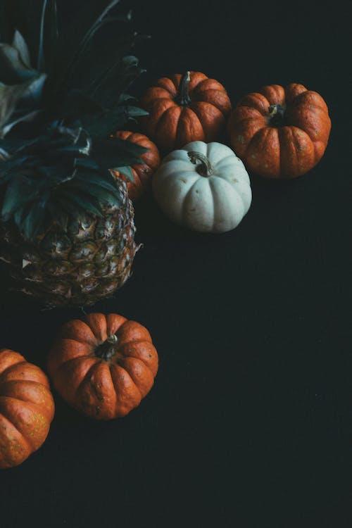 background hitam, buah, labu
