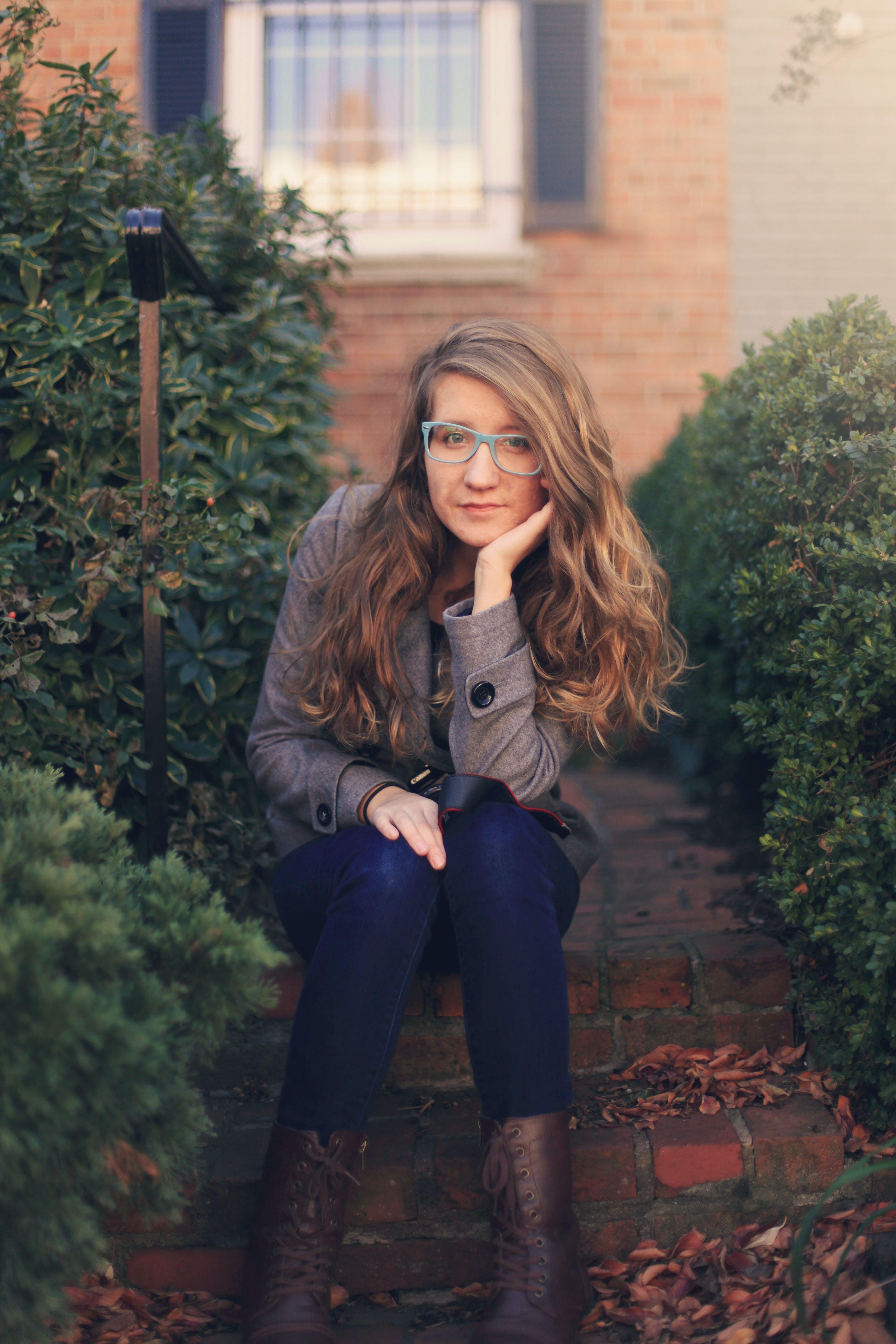 brillen, draußen, erwachsener