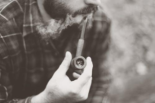 Бесплатное стоковое фото с Борода, Взрослый, дым, курение