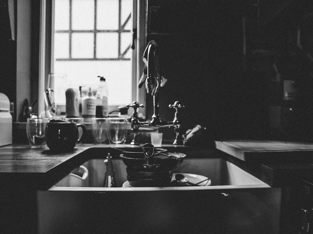 afundar, agrupar, atividades domésticas