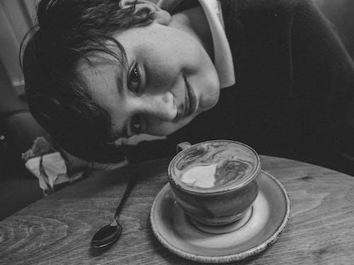 Fotobanka sbezplatnými fotkami na tému malý chlapec, radosť, šťastie