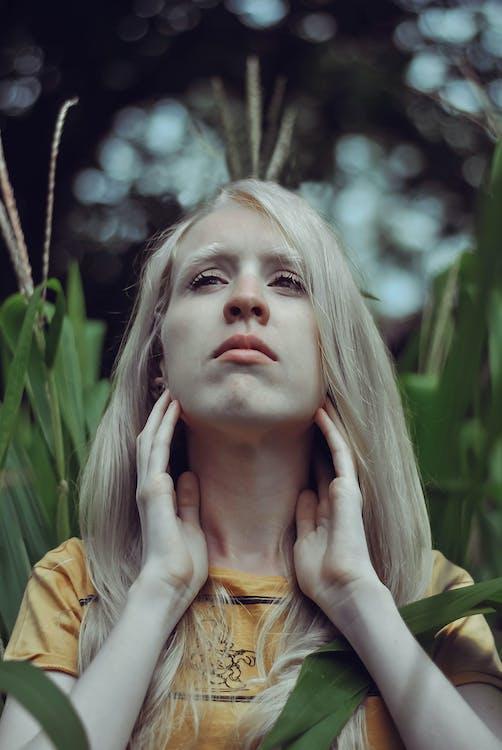 albinos, culori de toamnă, fotografie portret