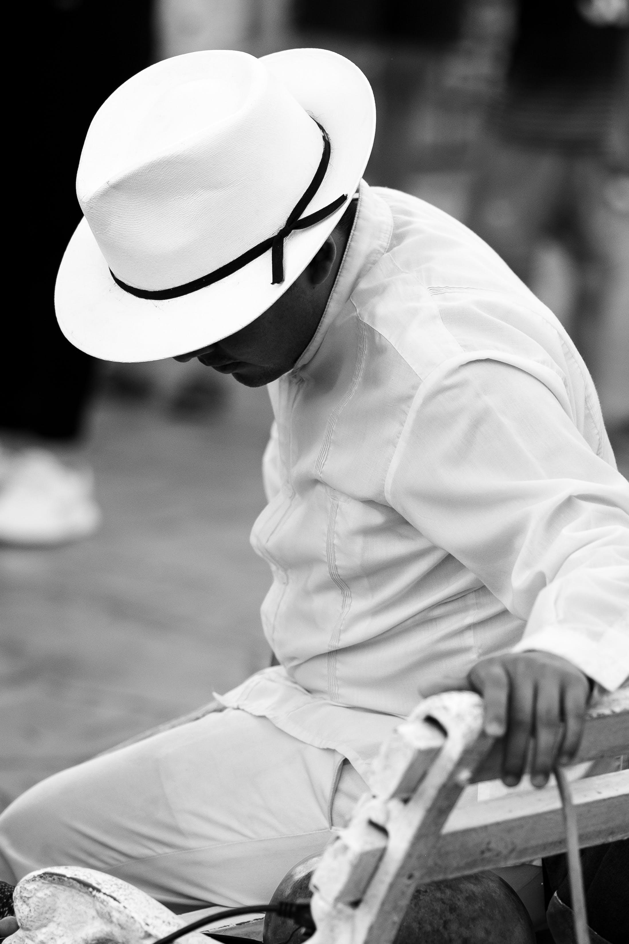 Foto profissional grátis de bailarinos, borsalino, branco, chapéu