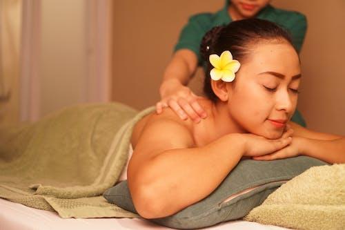Kostnadsfri bild av hälsosam livsstil, skönhetssalong, spa-massage
